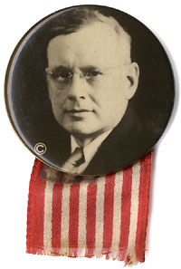 Alfred Landon: Rare portrait photo button