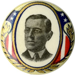 Woodrow Wilson: Patriotic shield portrait pinback